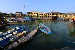 Rio de Hoai na cidade antiga de Hoian o 23 de janeiro de 2015 em Hoian, Vietname Imagem de Stock Royalty Free