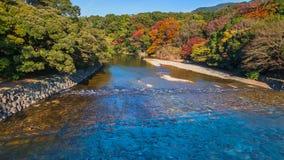 Rio de Isuzu em Ise Jingu Naiku (santuário de Ise Grand - santuário interno) fotografia de stock royalty free