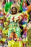 RIO DE JANEIRO - 10 DE FEVEREIRO: Uma mulher na dança do traje no carn Imagem de Stock Royalty Free
