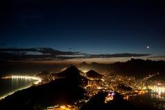 Rio de Janeiro bij nacht Stock Foto's