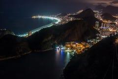 Rio de Janeiro bij nacht Royalty-vrije Stock Afbeeldingen