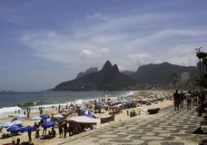 Rio de Janeiro, Brasil 17 de novembro de 2018 Praia de Ipanema em Sunny Summer Day fotos de stock