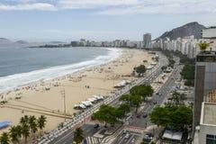 Rio De Janeiro Brazylia, Listopad, - 10, 2018: Widok buduje Copacabana plaża z góry obrazy stock