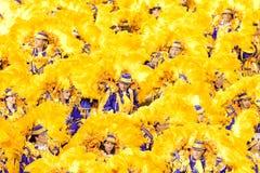 RIO DE JANEIRO - 11 DE FEVEREIRO: Dançarinos no traje no carnaval em Fotografia de Stock