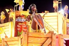 RIO DE JANEIRO - 11 DE FEVEREIRO: Mostre com as decorações no carnaval Imagens de Stock Royalty Free