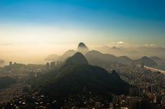 Rio de Janeiro in de Ochtendnevel Stock Afbeeldingen