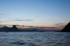Rio de Janeiro en la oscuridad, el Brasil Foto de archivo libre de regalías