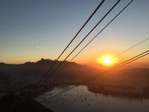 Rio de Janeiro en la puesta del sol foto de archivo libre de regalías