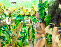 RIO DE JANEIRO - FEBRUARY 10: A woman in costume dancing on carn Royalty Free Stock Image