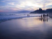 Rio de Janeiro Ipanema Beach Scenic-Dämmerungs-Sonnenuntergang-Reflexion Lizenzfreies Stockfoto