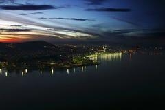 Rio de Janeiro na noite Fotografia de Stock Royalty Free