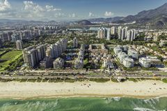 Rio de janeiro, opinião aérea da praia de Barra da Tijuca Foto de Stock