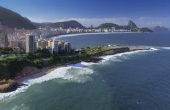 Rio de Janeiro - spiaggia di Copacabana - il Brasile Immagini Stock