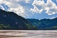 Rio de Meados de-Mekong fotografia de stock