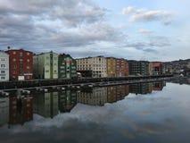 Rio de Nidelva, Trondheim, Noruega Foto de Stock