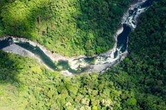 Rio de Pastaza no tiro da antena de Andes imagens de stock