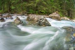 Rio de pressa da montanha Fotografia de Stock Royalty Free