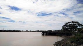 Rio de Sarawak em Malásia imagens de stock