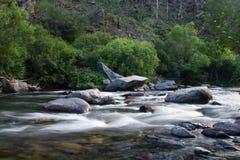 Rio de Sarma no vale autointitulado imagens de stock