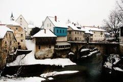 Rio de Selca Sora - Skofja Loka - Eslovênia fotografia de stock royalty free