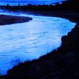 Rio de Wildnerss no amanhecer Fotos de Stock