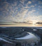 Rio do inverno da noite de congelação Imagens de Stock