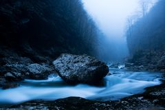 Rio do inverno Kurdzips Rússia foto de stock royalty free
