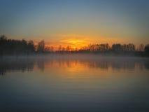 Rio do nanowatt Oregon do nascer do sol imagens de stock