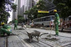 Rio du centre ne crée aucun boulevard motorisé de véhicule Photographie stock libre de droits