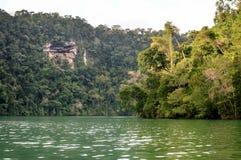 Rio Dulka krajobrazy blisko Livingston, Gwatemala Zdjęcia Royalty Free