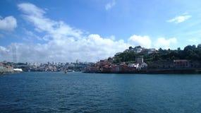 Rio e Oceano Atlântico de Douro em Porto, Portugal Imagens de Stock
