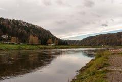 Rio Elbe, Suíça saxão Imagens de Stock