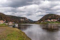 Rio Elbe, Suíça saxão Imagem de Stock