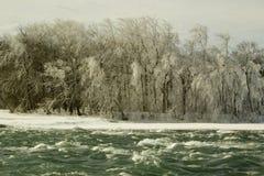 Rio frio de pressa imagem de stock