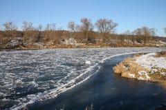 Rio gelado Fotos de Stock