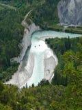 Rio gelado nos cumes suíços Foto de Stock Royalty Free