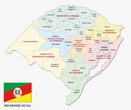 Rio Grande do Sul administrativo e mapa do politicaln com bandeira ilustração stock