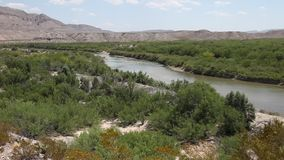 Rio Grande River im große Biegungs-Nationalpark Texas stock video footage