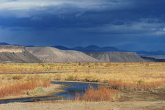 Rio Grande rzeka, Neuquen, Argentyna Obrazy Stock