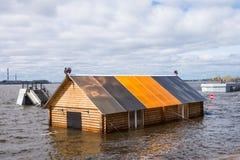 Rio inundado imagens de stock