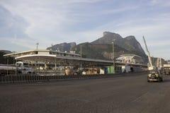 Rio 2016 : Les travaux de métro peuvent retarder en raison de la crise économique Image stock