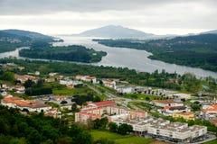 Rio Minho, Vila Nova de Cerveira Stockbild