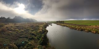 Rio Musa em Lituânia foto de stock royalty free