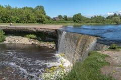 Rio pequeno do OM da cachoeira Fotografia de Stock