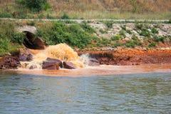 Rio poluído Fotografia de Stock