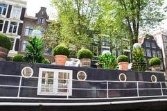 Rio que constrói o barco 8 da água da arquitetura paisagística de Europa Imagem de Stock