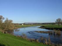 Rio Ribble em Ribchester. Fotos de Stock Royalty Free