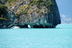 Rio Tranquilo, Chile, isla de Capillas de Marmol Fotos de archivo