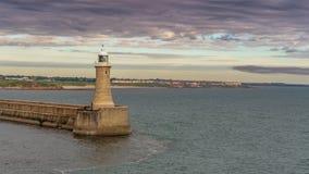 Rio Tyne North Pier, Inglaterra, Reino Unido imagens de stock royalty free