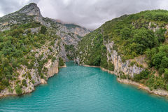 Rio Verdon dos azuis celestes e desfiladeiro Verdon Fotografia de Stock Royalty Free